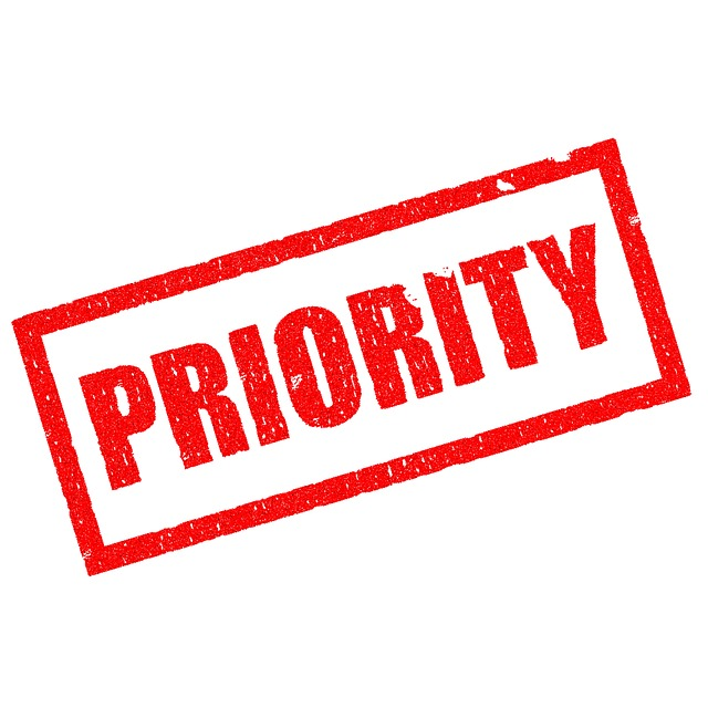 4 Signs You're Not a Priority – Online Dating