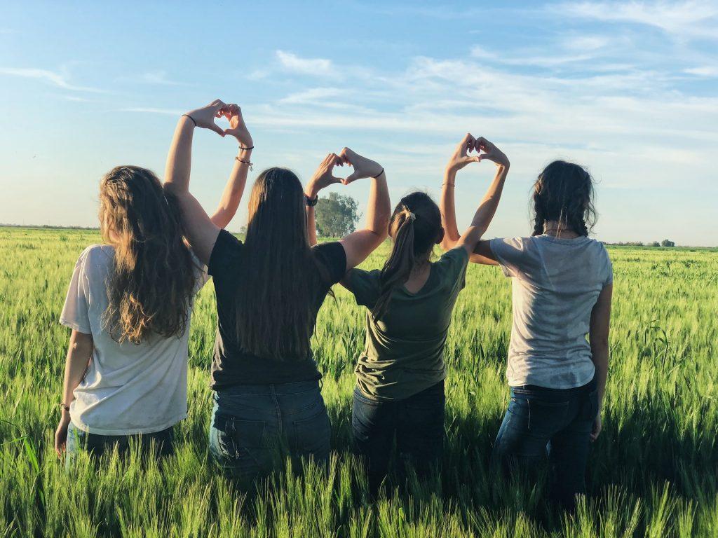 Girls in Alabama field