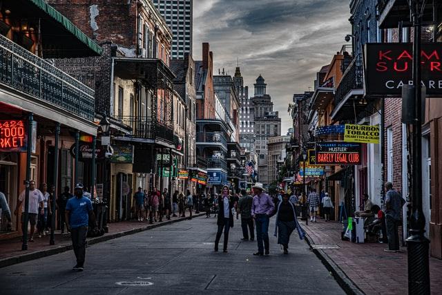 Street in Louisiana with people walking around